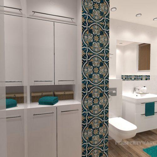 projekt-łazienki-projektowanie-wnętrz-lublin-perspektywa-studio-łazienka-biała-ozdobny-dekor-6m2-wanna-w-zabudowie-okno-Rozeta-4